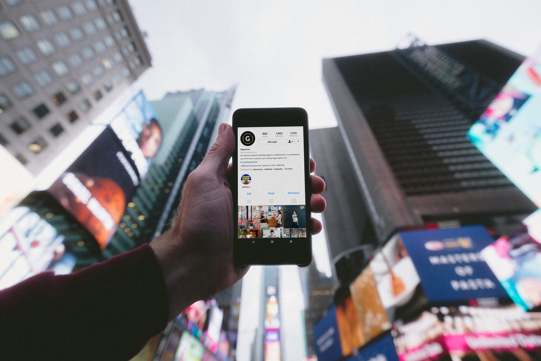 4 Tips To Creating Thumb-Stopping Social Media Content