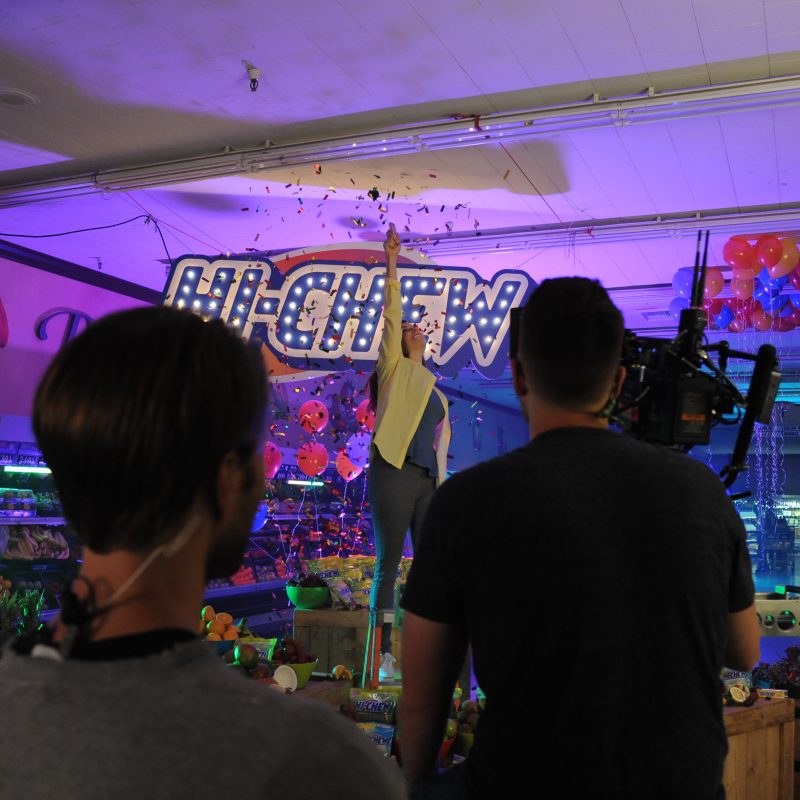 Behind the scenes of the HI-CHEW commercial